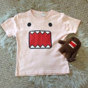 Other - ❤️3/15  Domo Pink T-shirt And Plushie